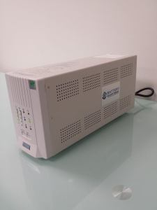 Laptop Power Conditioner and Battery Backup Power 3